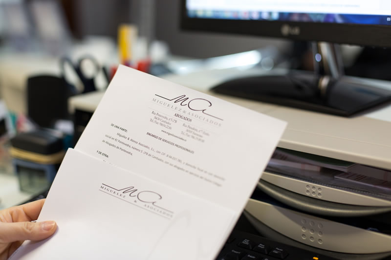 Miguelez y Asociados Derecho Administrativo